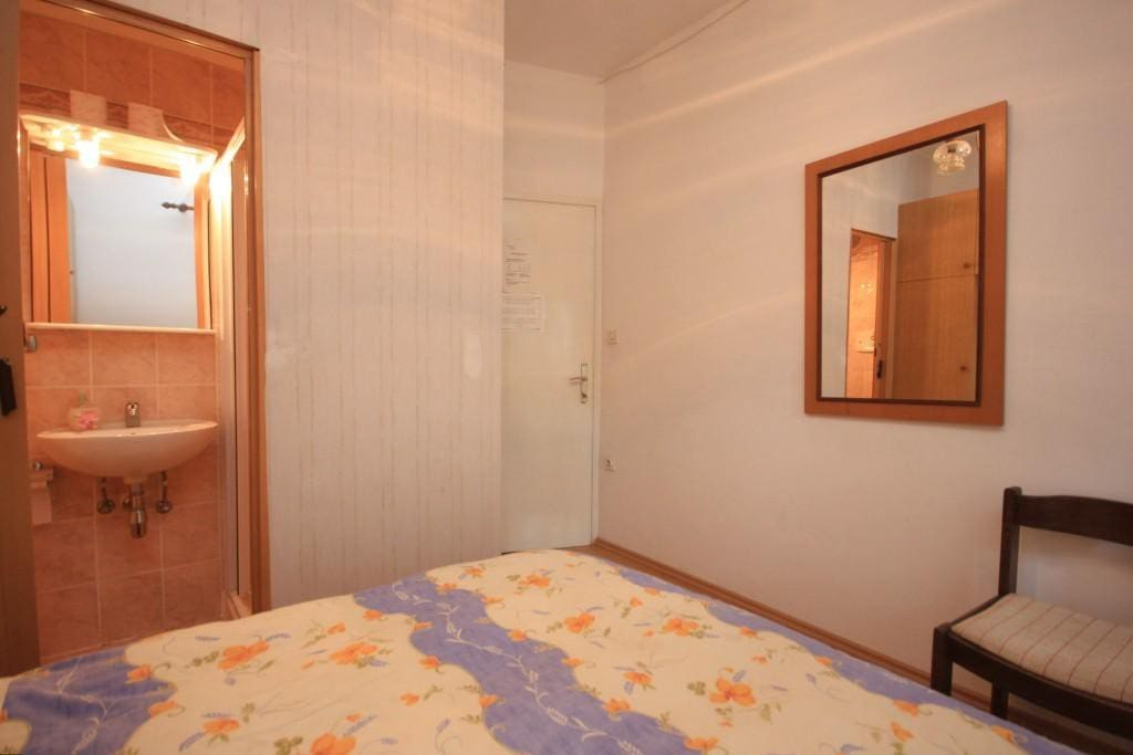 Bedroom, Surface: 9 m²