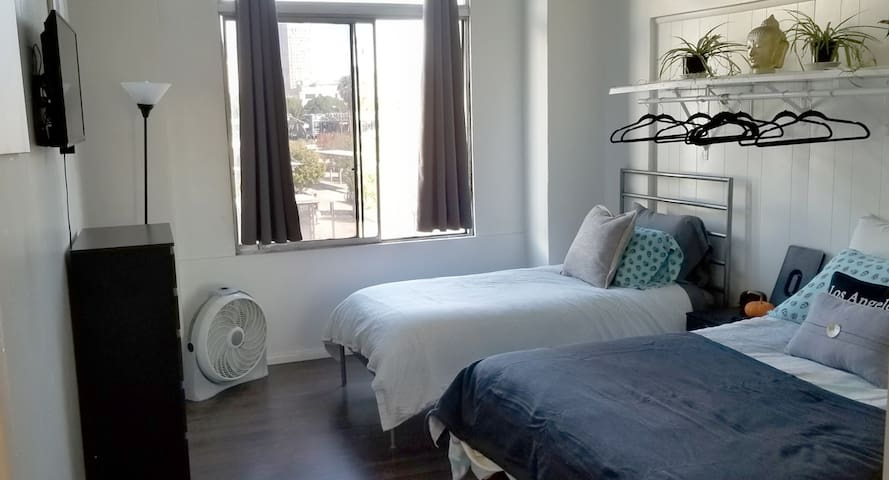 Private Unit B / shared bath in Little Tokyo, DTLA