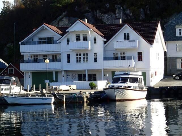 Waterfront appartment in Urangsvåg - Bømlo - Wohnung