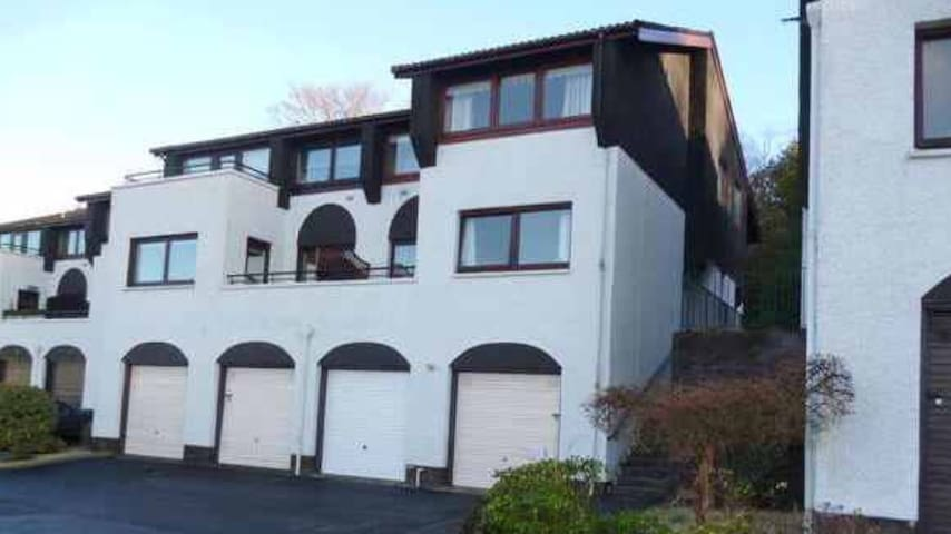 Largs - Stunning Sea Views. Relax. - Largs - Appartement