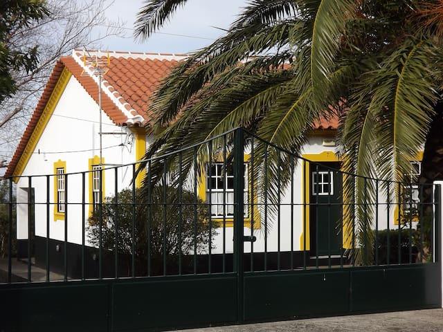 Casa da Abraçada AL - Biscoitos - House