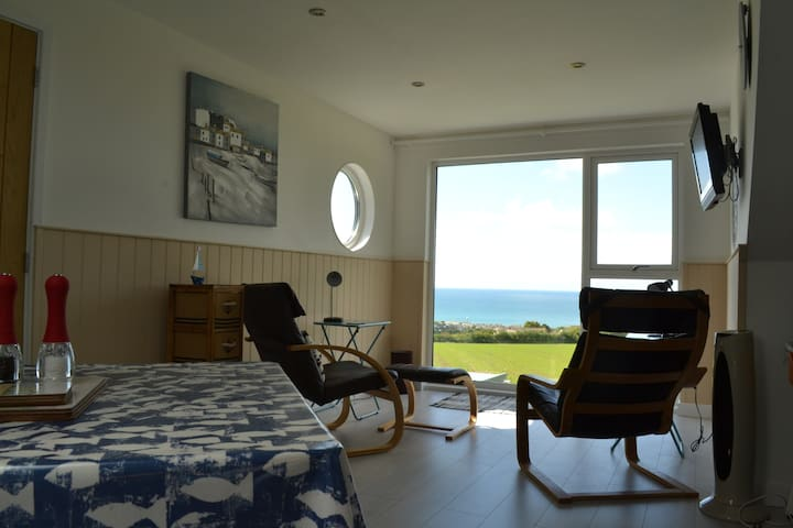 Out to Sea - Cornwall - Apartemen