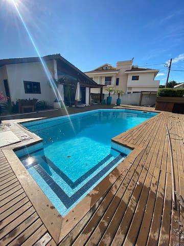 Maravilhosa casa com piscina em Siderópolis/SC