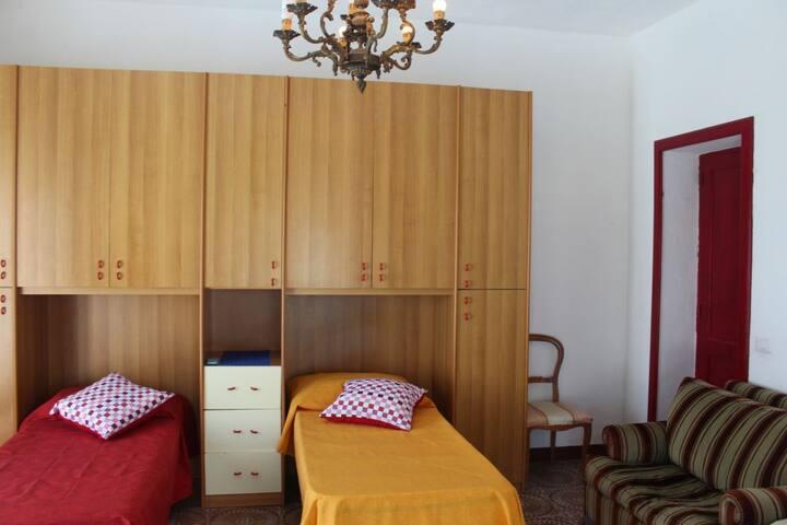 camera e due letti singoli