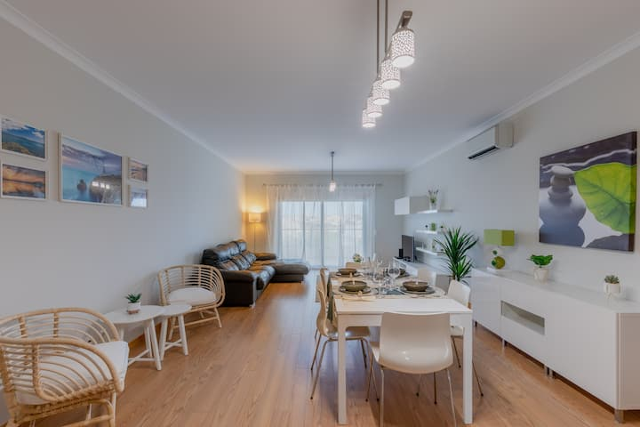 Apartamento 7 Mares com 2 Quartos e Piscina