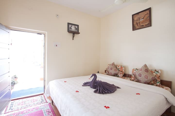 Standard Room at Moovera Trishul Estate Kurali Road Napoklu Post Kodagu Karnataka