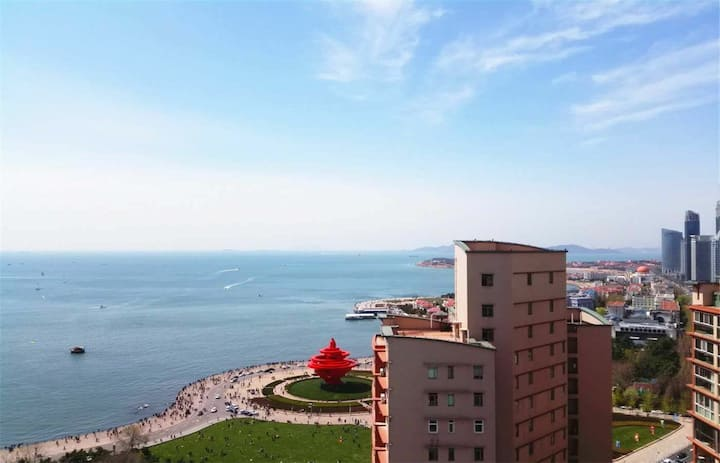 apartmentwith sea view at heart of qingdao