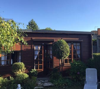 Charming little Chalet - central and cozy - Compiègne - Guesthouse