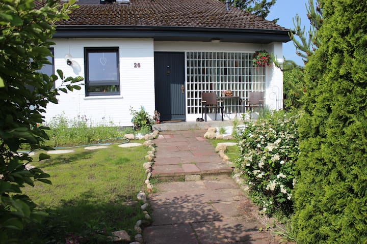 Zimmer in tollem Haus auf dem Land bei Hamburg - Jesteburg - Casa