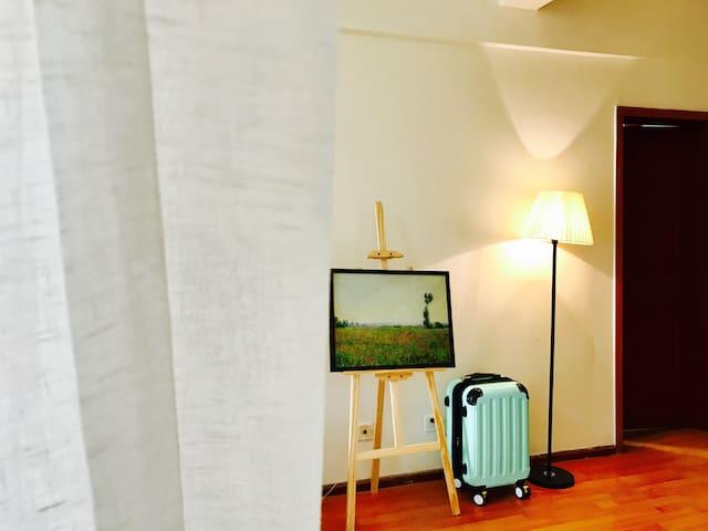 灯.暖 可住6人的温馨小屋/地铁口/宽窄巷子春熙路 交通方便 - Chengdu - Wohnung