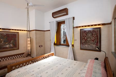 Modern heritage grand suite room