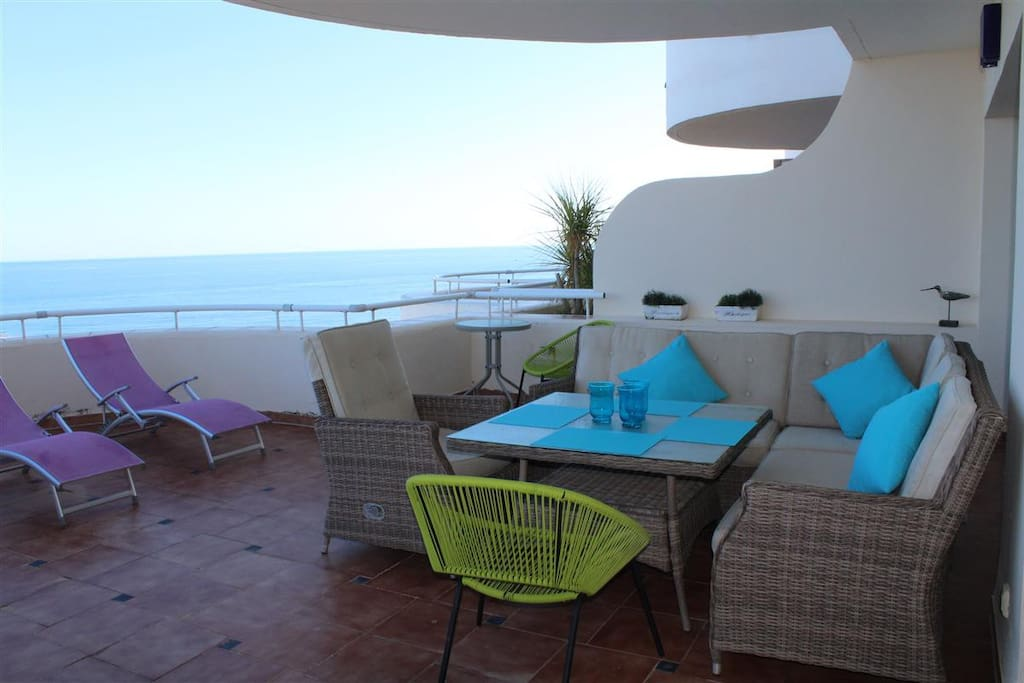 Outside comfortable lounge area for 6 persons with excelent seaviews