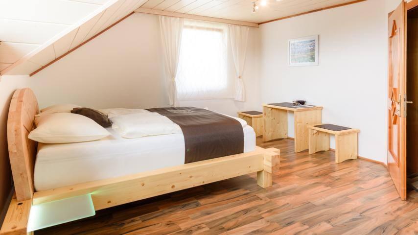 Energie-Oase-Komfort-Zimmer - Sankt Peter am Wallersberg - Guesthouse