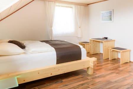 Energie-Oase-Komfort-Zimmer - Sankt Peter am Wallersberg