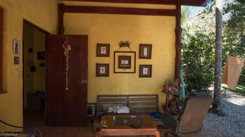 Casa Mango Rosa