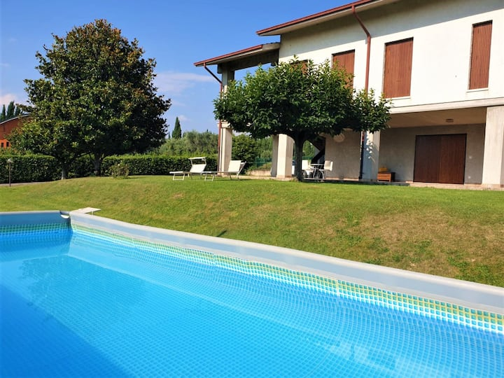 VILLA VALESANA - spacious private villa with pool