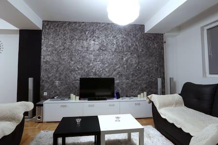 Taleski modern apartment - Huoneisto