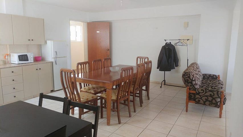 2 Bed Apartment in Derynia/Famagusta - Deryneia - Apartamento