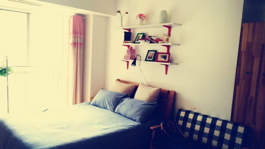 位于大学城两个肥宅攻城狮经营的小空间大有趣短租公寓,合肥二胖 - Hefei