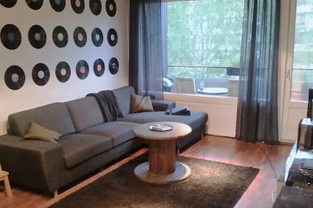 MODERN, CLEAN AND COOL FLAT WITH PERFECT LOCATION - Leilighet