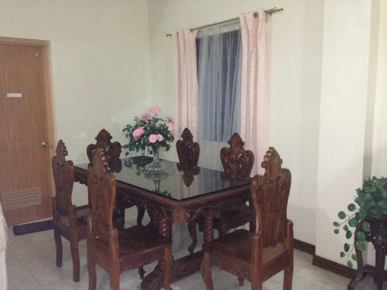 tagaytay rest house for rent transient - villas for rent in