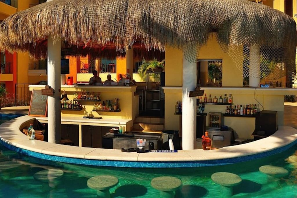 Pool bar, a must have on vacation!