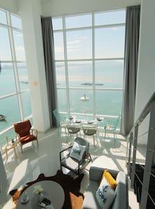 Full Seaview Duplex Suites ^无敌全海景~ - George Town - Apartment