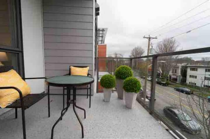 Cook Street Village brand new! lovely location!!