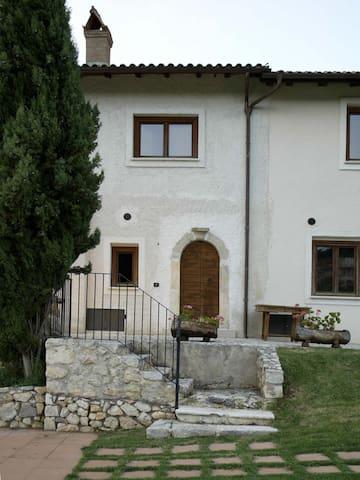 Appartamenti vicino Campo Felice - Santa Anatolia - Wohnung