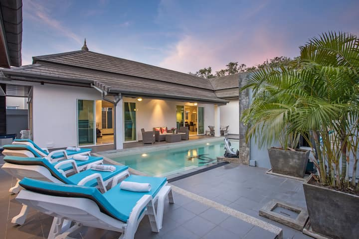 A 3-BR Pool Villa to celebrate the Art of Living