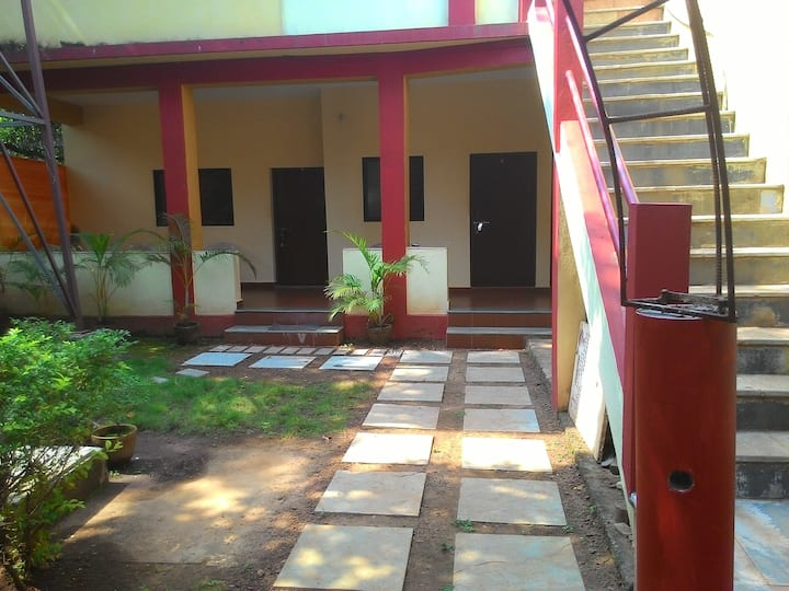 Adequate SINGLE ROOM in Anjuna, Centrally located
