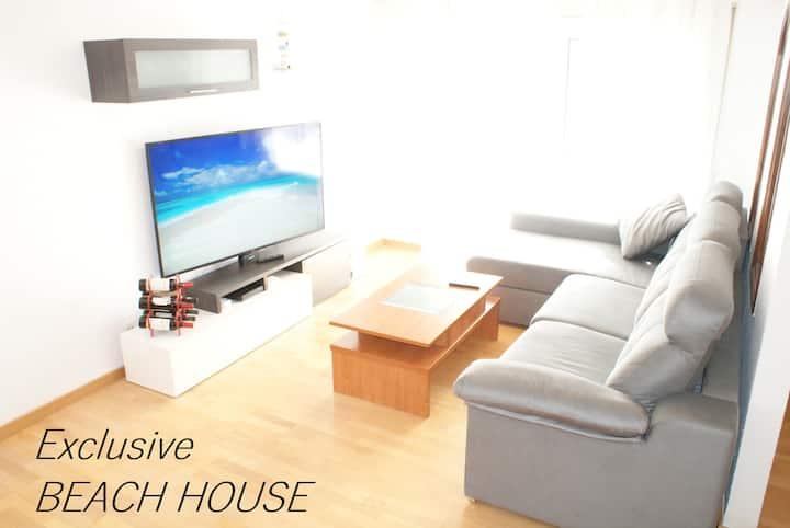 "*Exclusive BEACH HOUSE*-Jacuzzi,Gym,Solarium&Wifi"""
