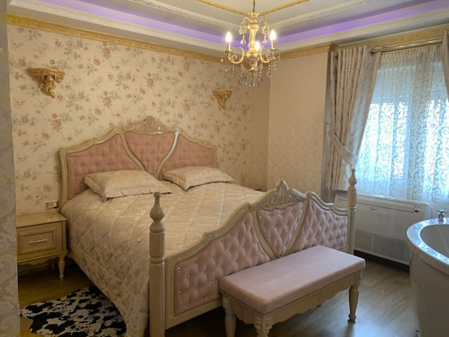 Luxury Apartment in center of Pogradec, Lake View
