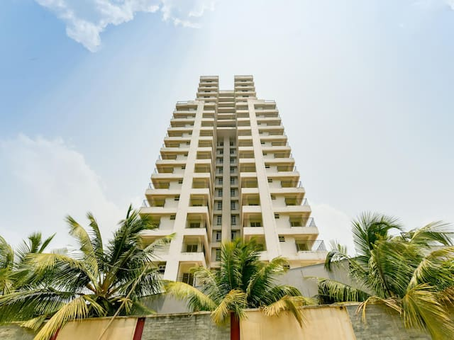 OYO - Early Bird Special 1BHK, Kochi is up for grabs!