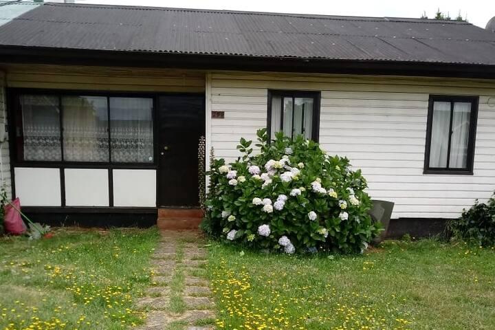 Comoda casa en lindo sector cercano al centro