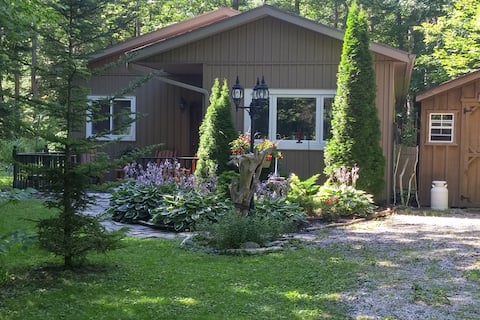 2 Sister's Paradise Cottage Rental