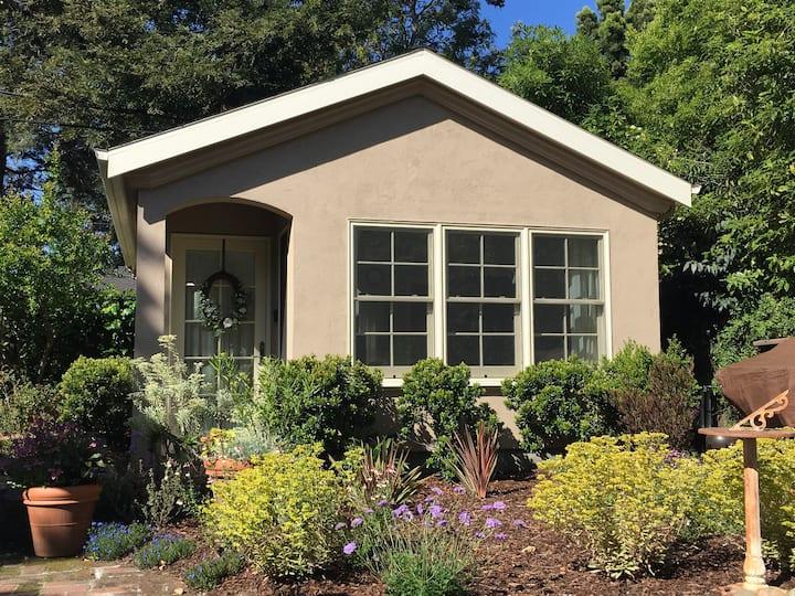 Private Garden Cottage