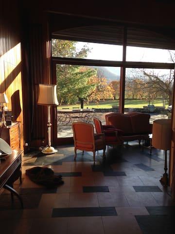 Maison Architecte 70's Parc 1,2 hectares Grenoble - Vif - Huis