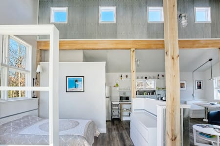 A Loft in the Springs