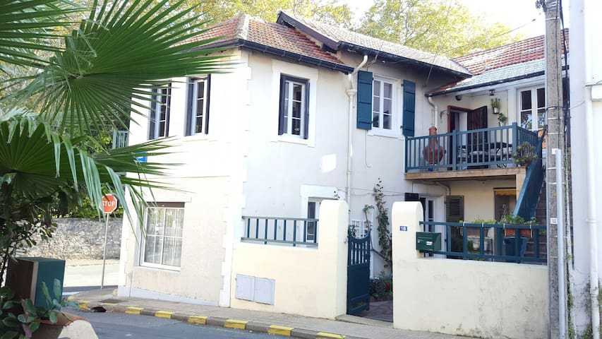 charmant logement de 60 m2 dans  ancienne maison .