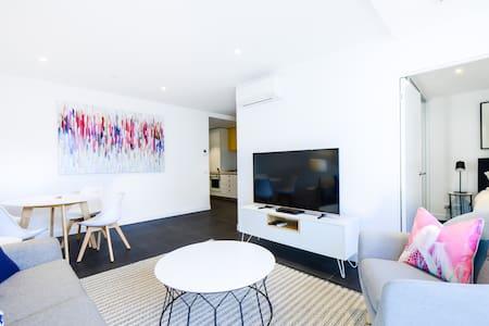 ANTOCCINO: Modern, bright Caulfield 1BR! - 考尔菲尔德北(Caulfield North) - 公寓