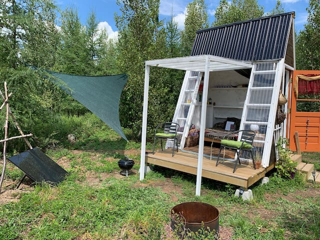 "Off-Grid Micro A-Frame Cabin: ""Missy's Hall"""