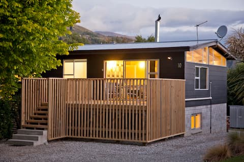 10 Above at Number 10 | Sleeps 6 in Arrowtown