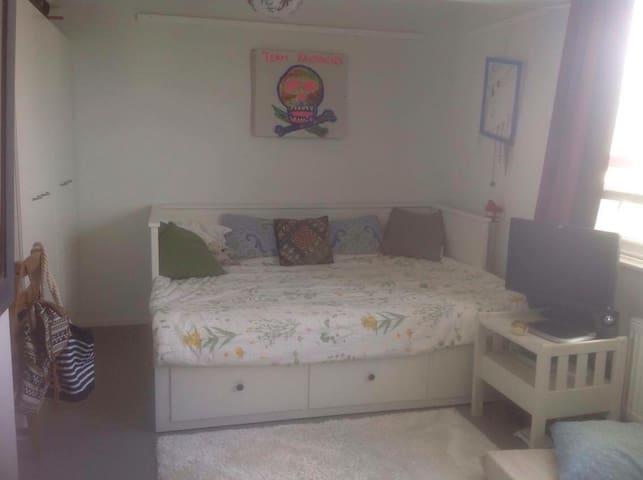 23 m2 Apt, 1.7 km from center Pori - Pori - Appartement