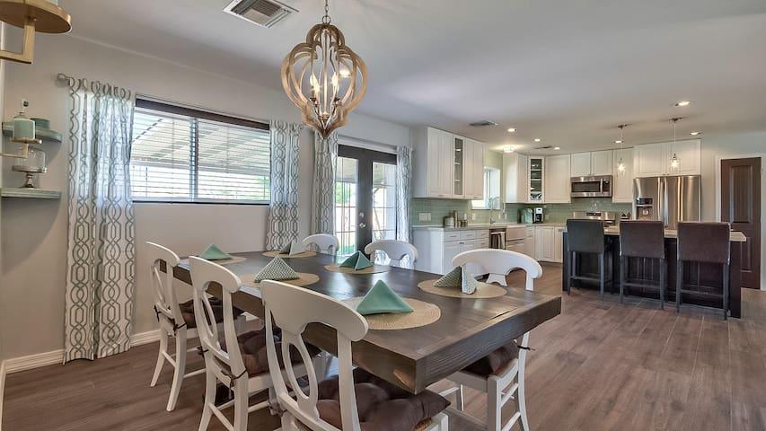 Luxury South Scottsdale Home - Scottsdale - House