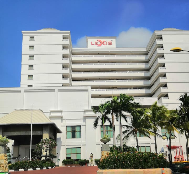 Private Lexis- Hotel Tower Building, Port Dickson