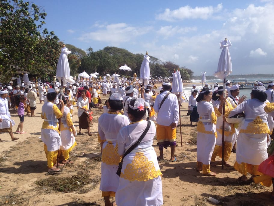 Ceremony at Sanur beach