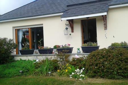 Superbe maison avec jardin & Wifi