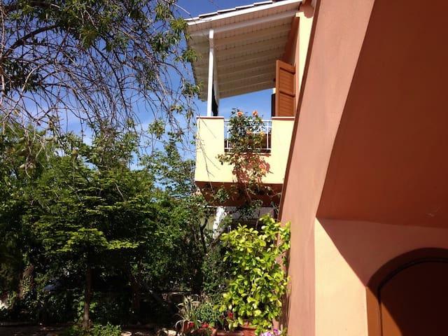 Dina 2 bedroom apartment - Kalamitsi - Wohnung