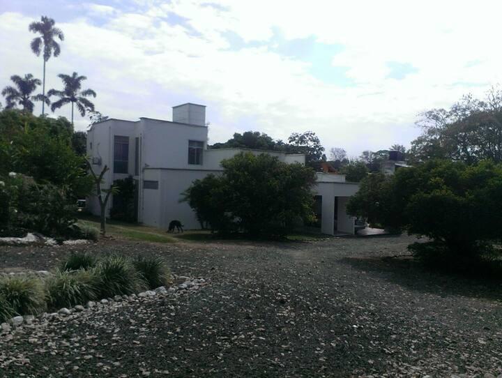 Casa Campestre La Buitrera